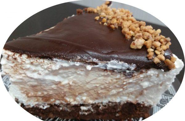 פאדג' שוקולד ומוס גבינה בציפוי גאנש שוקולד