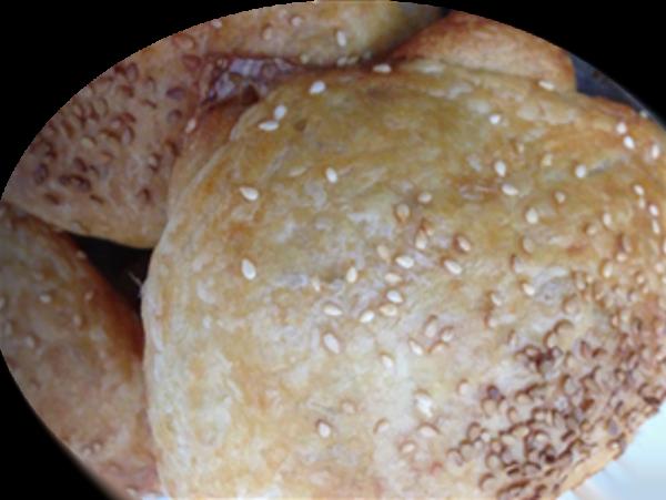 ריפאלריף מאפה שמרים עלים במילוי גבינת חמד
