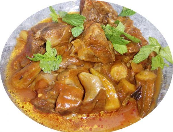 תבשיל במיה חמוץ מתוק עם בשר