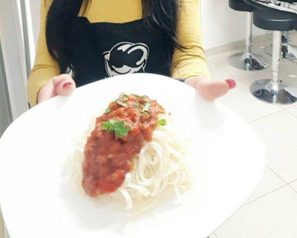 ספגטי ברוטב סלסה עם טונה
