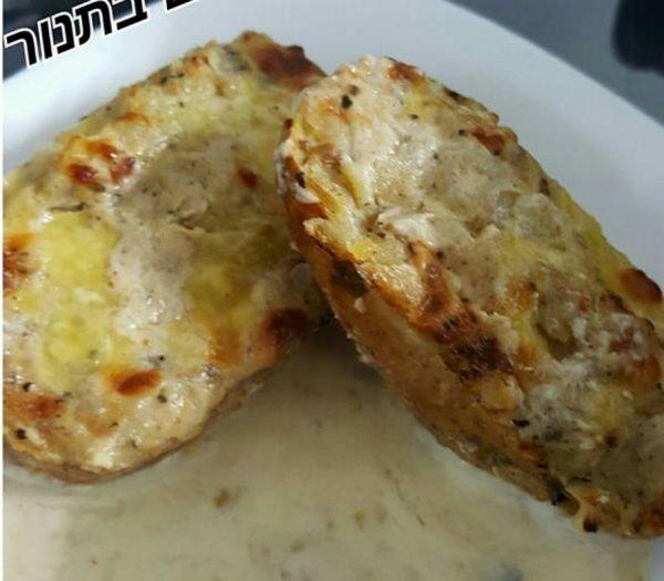 תפוחי אדמה במילוי פטריות בצל ופירה מוקרם בתנור