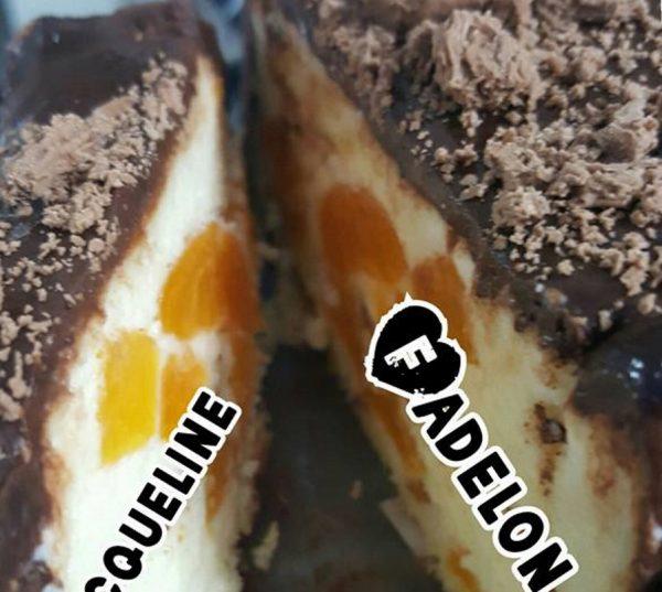 עוגת גבינה עם משמש בציפוי גנאש שוקולד מריר וכיף כף