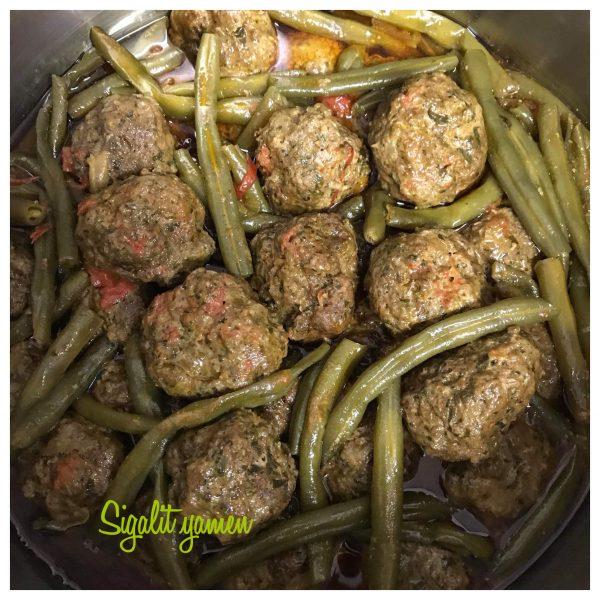 קציצות בשר עם שעועית ירוקה