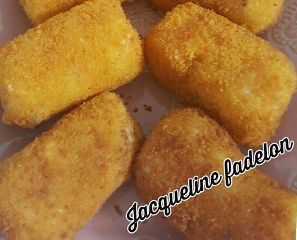 לביבות תפוחי אדמה במילוי גבינת עזים,גמבה ובצל