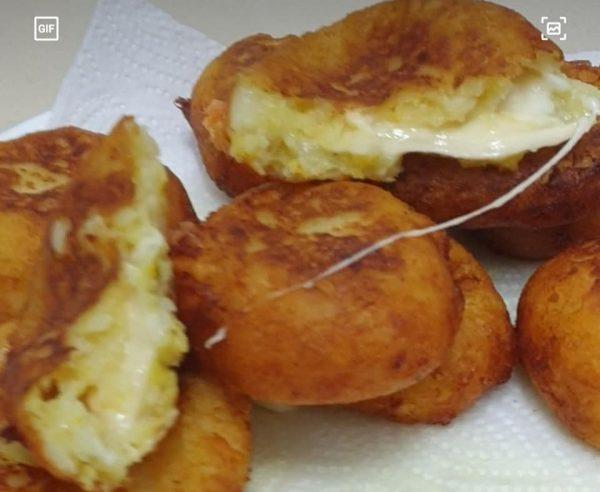 קציצות תפוחי אדמה  ללא ביצים ממולאות גבינת מוצרלה