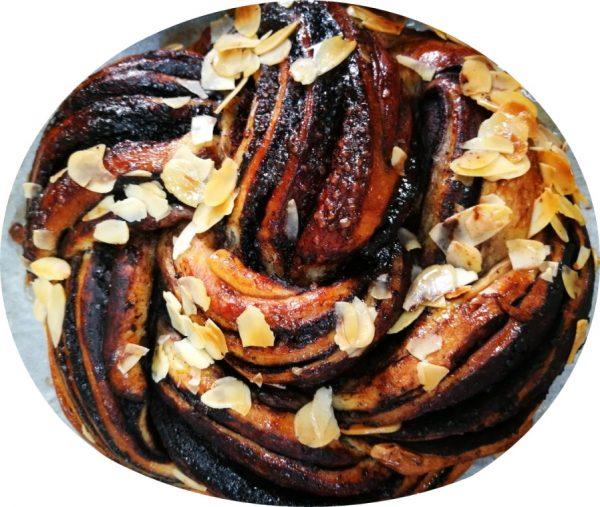 עוגת שמרים עם נטורינה וקמח שמרים_מתכון של שרה יוסף