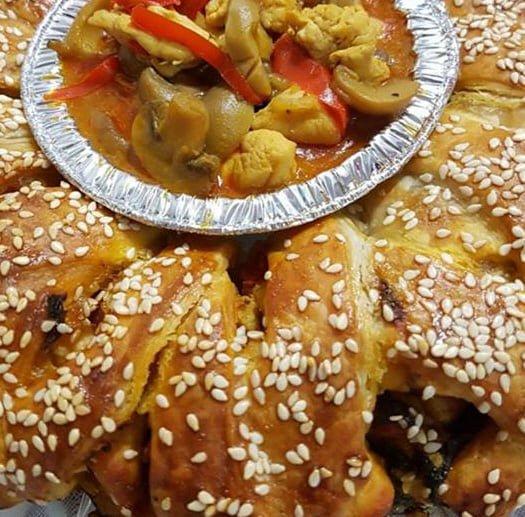 בורקסים במילוי של פירה עם כבד עוף ופירה עם חזה עוף ופטריות