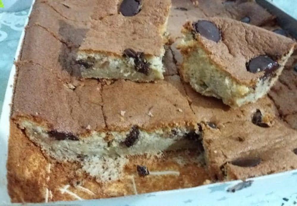 עוגה עם אגוזים ושוקולד מריר כשרה לפסח