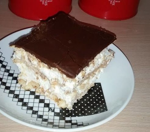 עוגת בסקוויטים טעימה ברמות