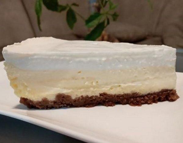 עוגת גבינה אפויה בשלוש שכבות עם שינויים קלים
