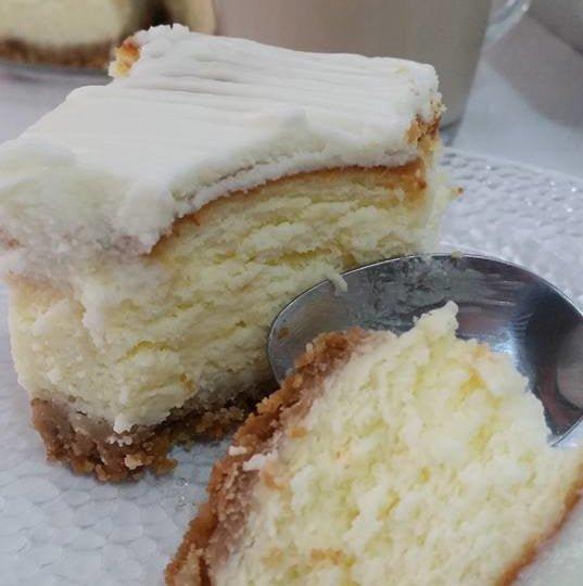 עוגת גבינה אפויה עם תחתית