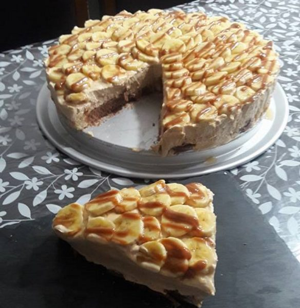 עוגת גבינה עם ריבת חלב ללא אפיה