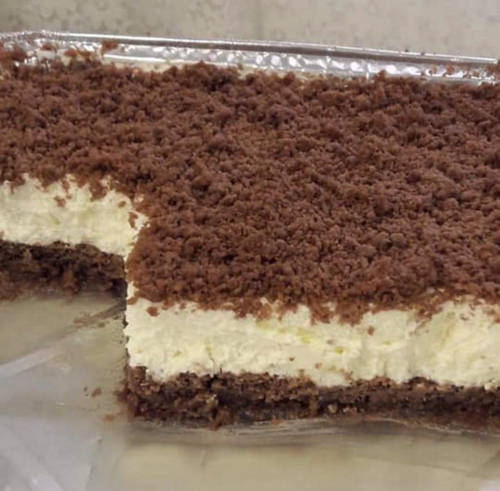 עוגת גבינה פירורים ..התחתית והפירורים אפויים