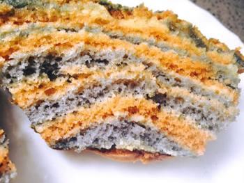 עוגת וניל צבעונית ספוגית ועסיסית ביותר
