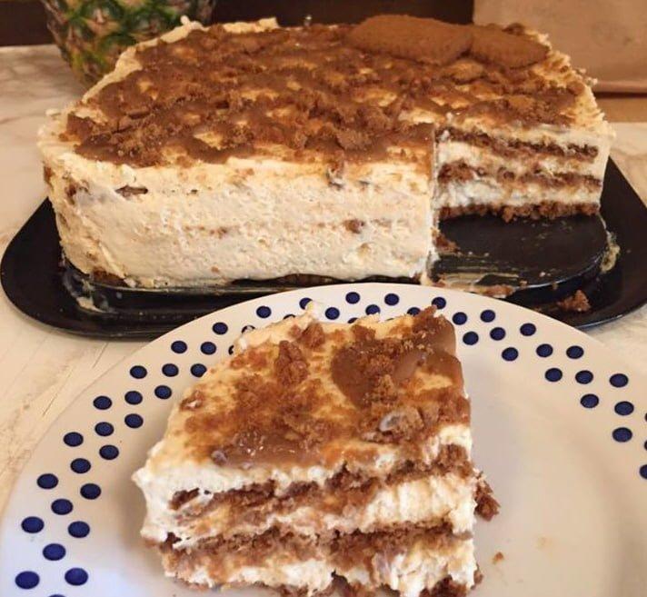 עוגת לוטוס וקרם מייפל