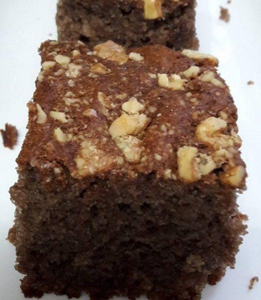 עוגת ממרח תמרים ללא הפרדת בצים פרווה