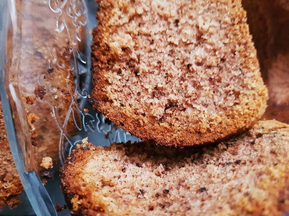 עוגת קינמון אגוזים
