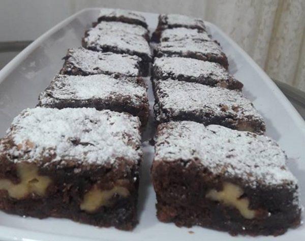 עוגת שוקולד בראוניז פרווה