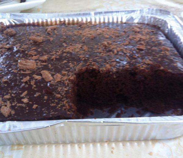 עוגת שוקולד רכה וגבוהה