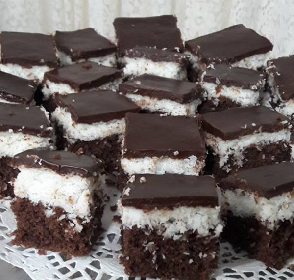 עוגת שכבות קוקוס ושוקולד פרווה_שפרה אזולאי