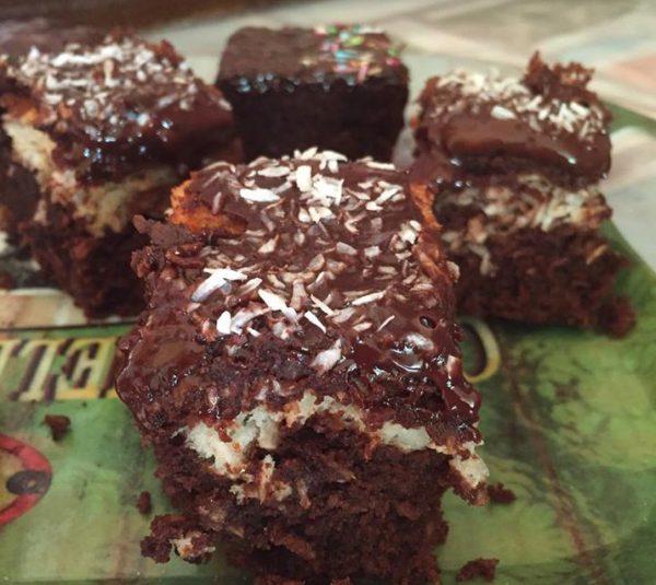 עוגת שכבות שוקולד וקוקוס