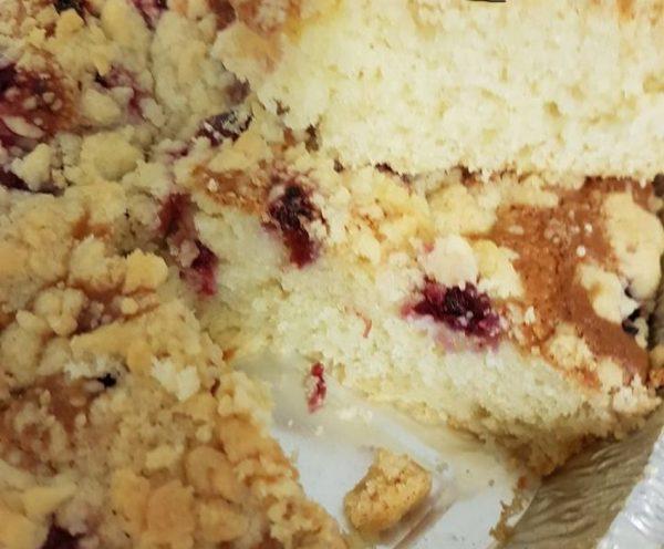 עוגת פירות יער אוורירית