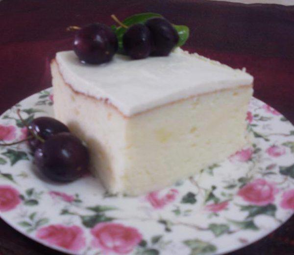 עוגת גבינה אוורירית מעולה הנאפית במים