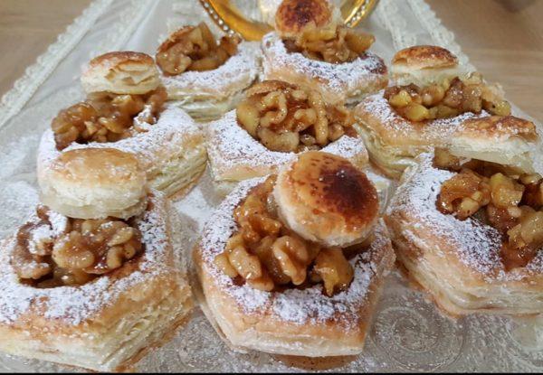 קונכיות ממולאות תפוחי עץ אגוזי מלך וקינמון
