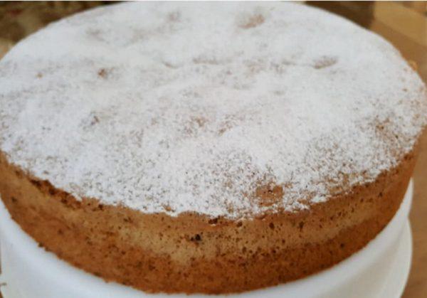 עוגה ג'ינג'ית רכה וטעימה