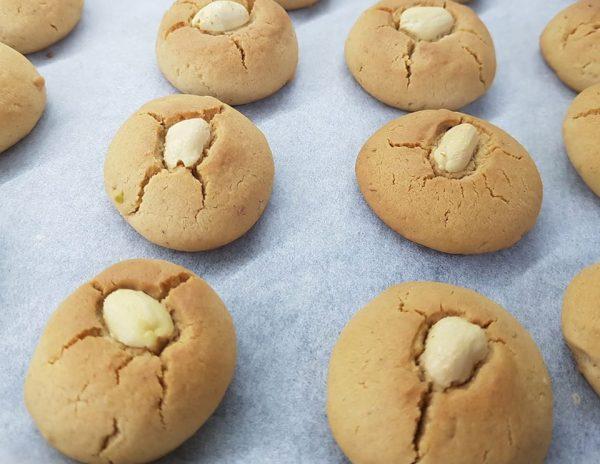 עוגיות חלבה ותמרים