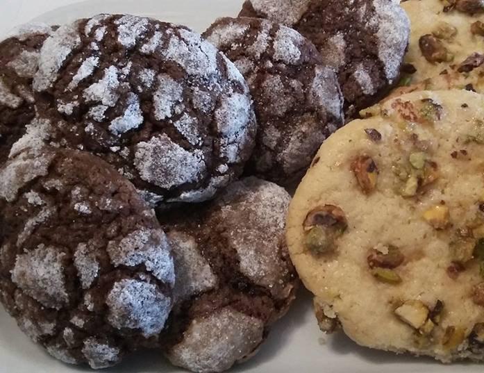 עוגיות מטריפות, שוקולד מושלגות ופיסטוק