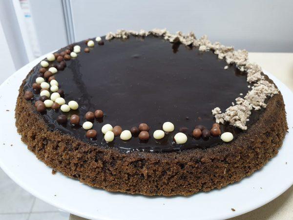 עוגת שוקולד ב 3 מרכיבים