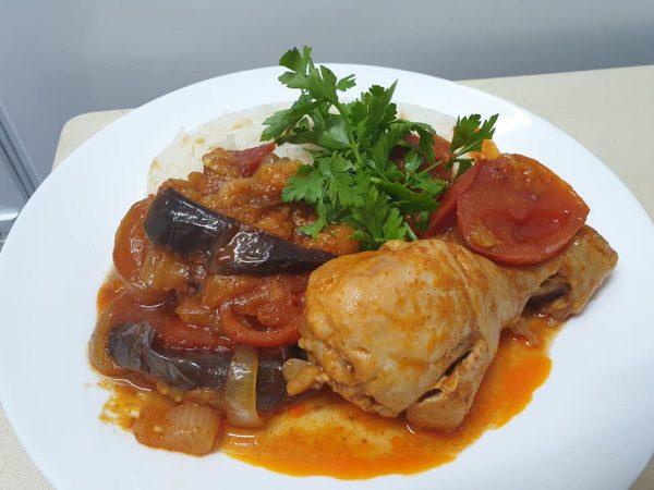 מתכון כתוב + סרטון להכנת תבשיל מדהים..אינגרייה עם עוף חמוץ מתוק
