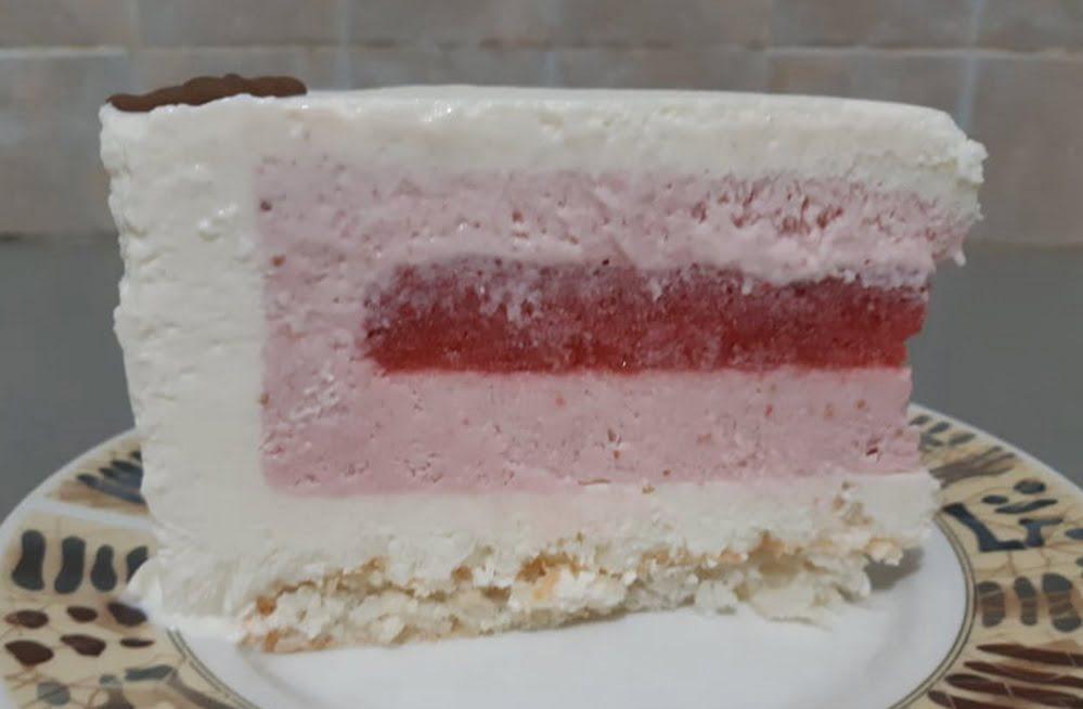 מוס גבינת שמנת ושוקולד לבן / מוס תותים וג'לי תותים_אפרת מילוא טויטו