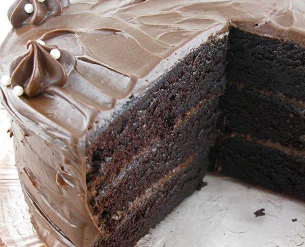 עוגת שוקולד שכבות