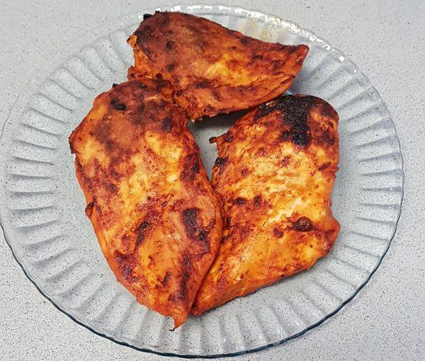 חזה עוף שלמים מתובלים התנור