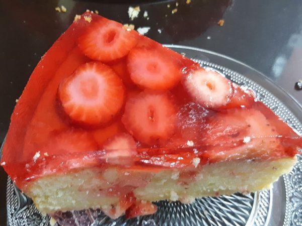 עוגת לימון ותותים