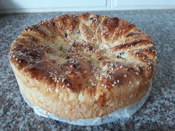 עוגת שמרים במילוי גבינה_תהילה גיל