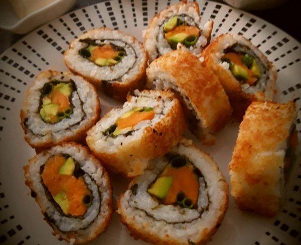 סושי עם סלמון – מטוגן_המטבח של יפה רייפלר מתכונים