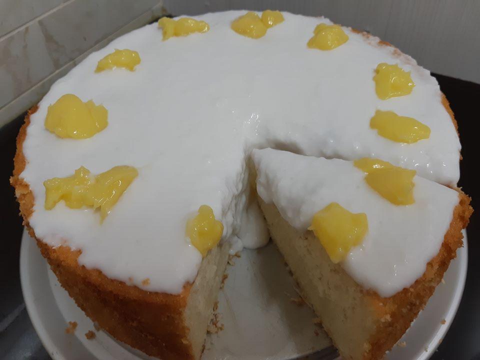 עוגת קוקוס ולימון במילוי כדורי רפאלו_אורנה ועלני