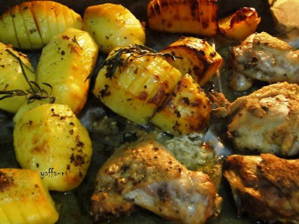 עוף אפוי עם תפוחי אדמה ברוזמרין_המטבח של יפה רייפלר מתכונים