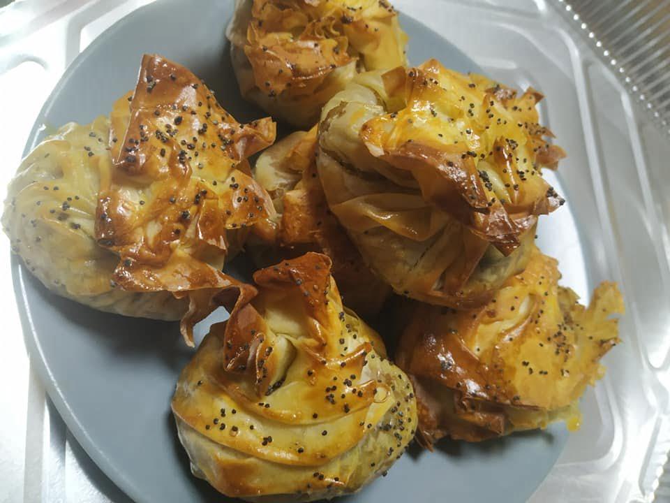 בורקס מבצק פילו ממולא בבשר עם חציל קלוי_מירי בוכניק