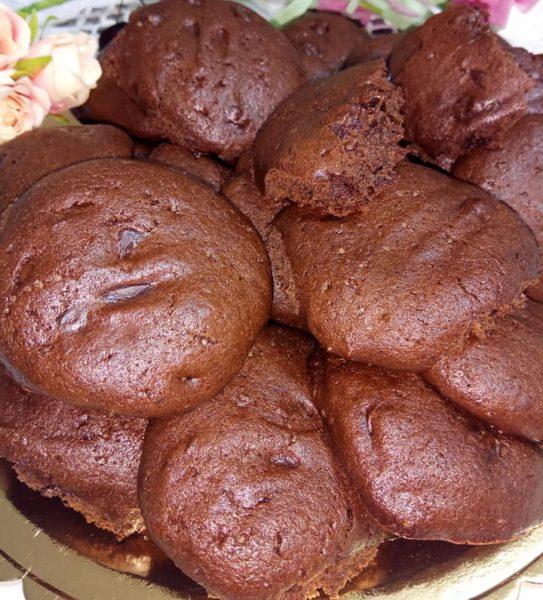 עוגיות שוקולד צ'יפס בריאות מלאות בשוקולד עם קמח כוסמין ושמן קוקוס בלי סוכר_גיטה סלע