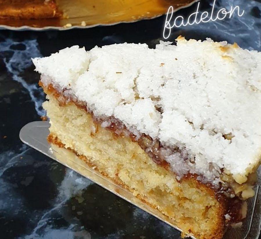 מתכון כתוב + סרטון להכנת עוגת מרנג עם קוקוס אגוזי מלך וריבת תותים_זקלין פדלון