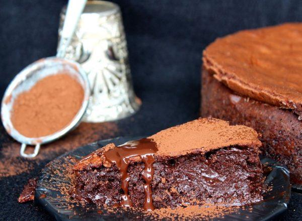 עוגת נמסיס שוקולד מושחתת במרקם מטריף_מתכון של הילה סמוכה רשתי