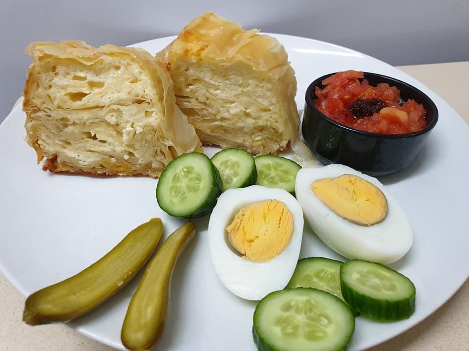 מתכון כתוב + סרטון המחשה להכנת בניצה ❤ מאפה טורקי …טעים וקל_מתכון של  ירדנה ג'נאח