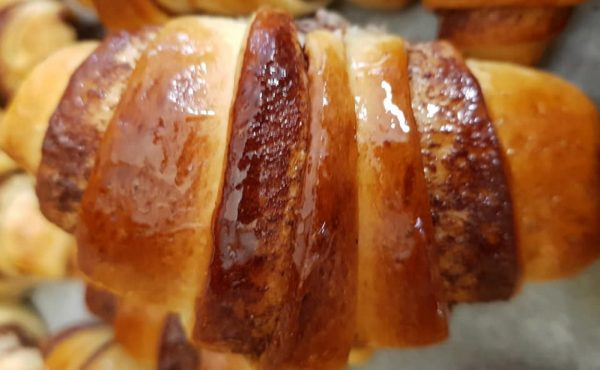קוראסונים במלית שוקולד / גבינה… עוגות שמרים_מתכון של נורית יונה