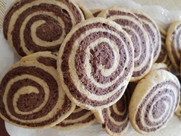 מקבץ עוגיות מאותו בצק, עוגיות ילדות שלנו, במיוחד עוגיות הספירלה שאמי נהגה לאפות_מתכון של נורית יונה