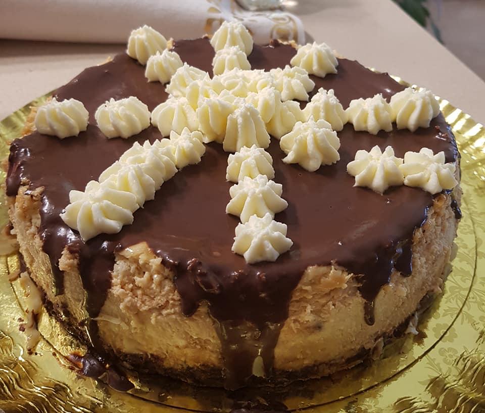 עוגת גבינה אפויה * עם כוכבי הקרם מעל ללא מיקסר_מתכון של נורית יונה