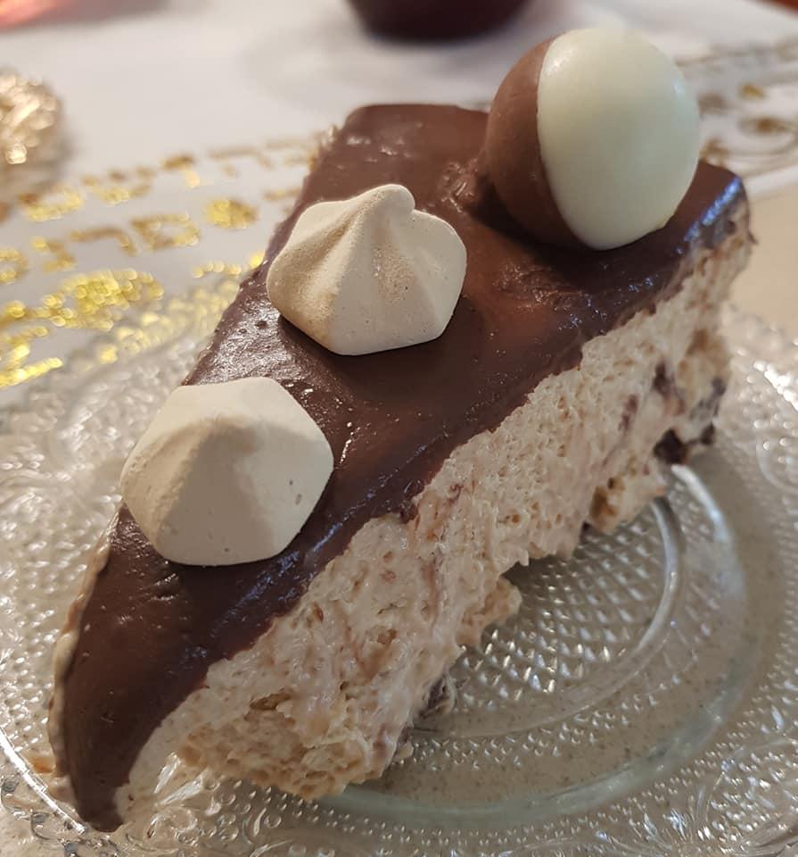 עוגת מוס קרם לאטה * עם מיקס השוקולדים מעל_מתכון של נורית יונה